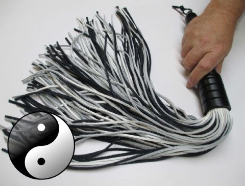 Yin/Yang Black/White 3mm wide Leather Falls Flogger